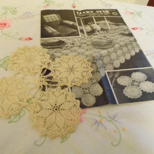 Tablecloth motif with sample - 1940s